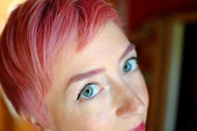 Kasmira Kit going pink!